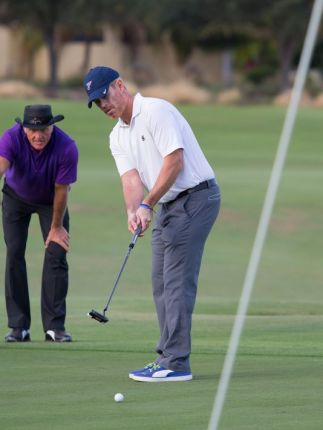 Look at 'em golfing!